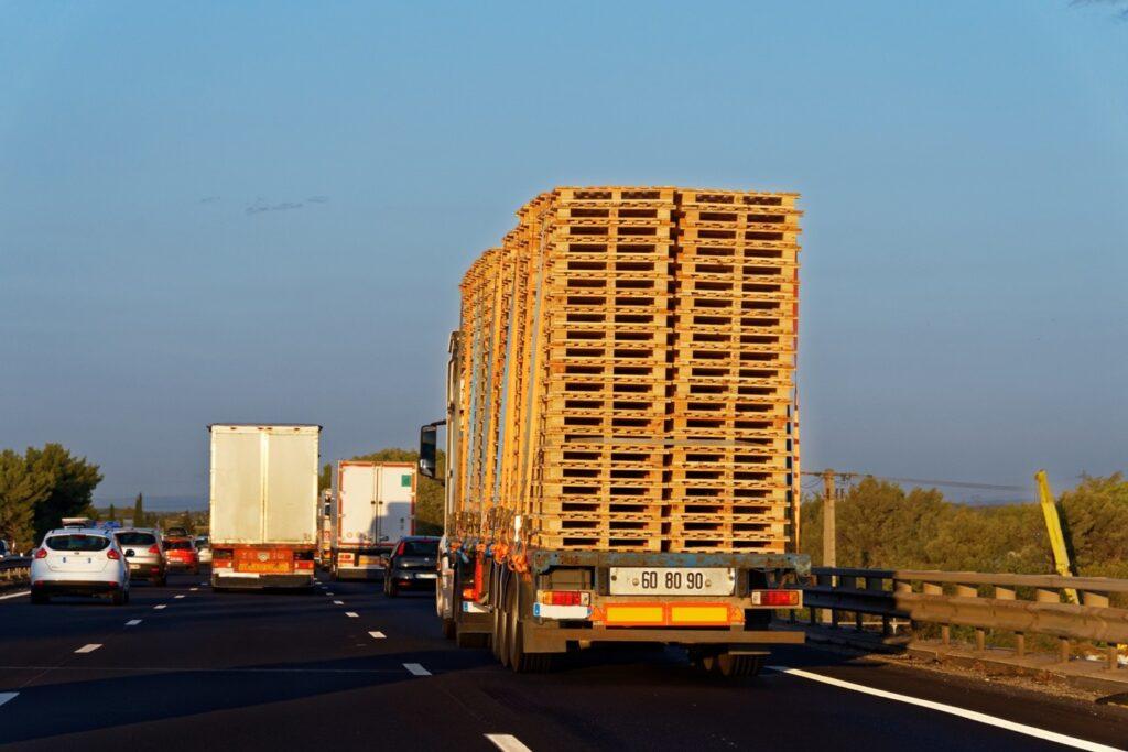 transport palet przewoźnik