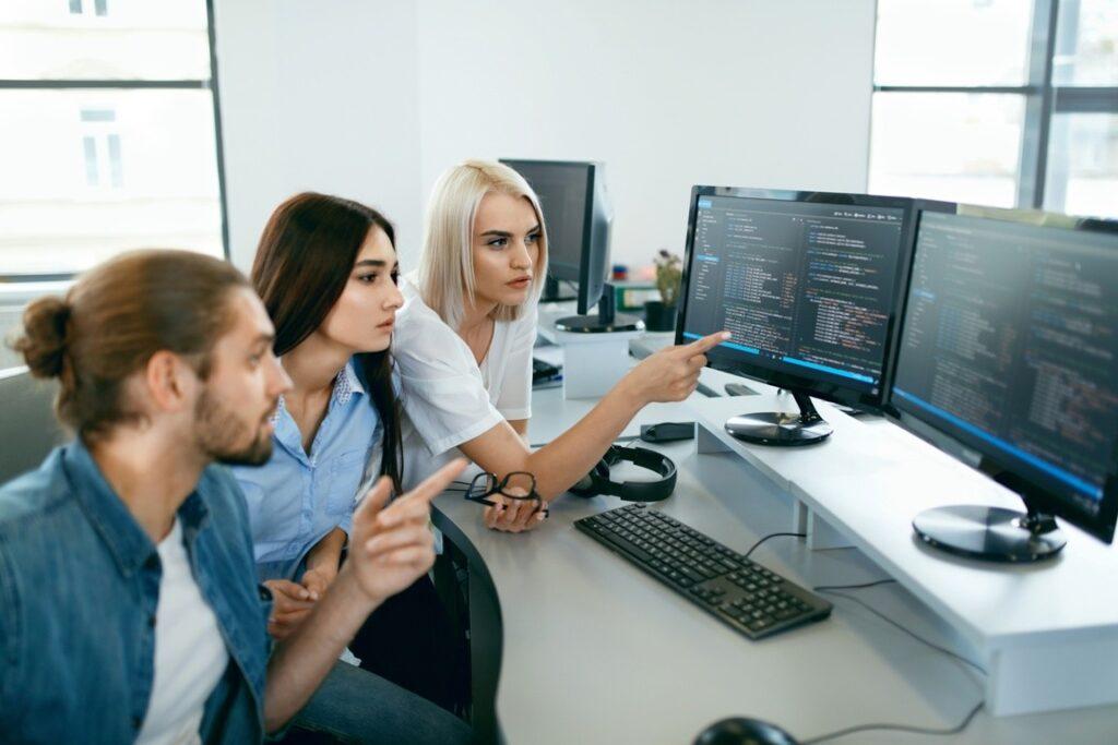 Usługi programistyczne, Hermes SQL